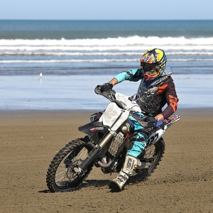 INDIAN MOTORCYLE BEACH RACING & NZ CHAMPS